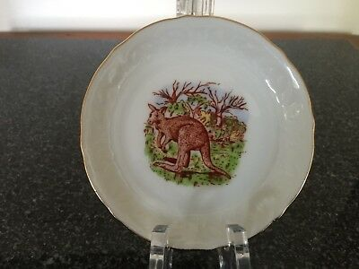 Estate Collectable Gold Rim Red Kangaroo Australia Small Display/Pin Plate