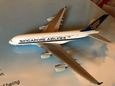 Herpa Wings Singapore Airlines A380-800 1:500