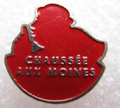 Pin's Fromage Chaussée aux Moines Rouge #1274