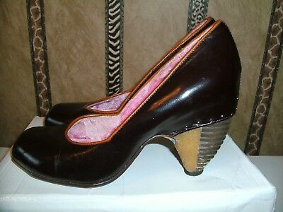 Irregular Choice Brown Court shoe with unusual wooden style  heel size 5  (38)