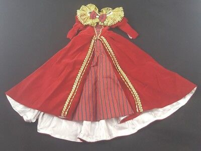 Tonner LE Masquerade Doll Outfit