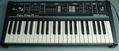 Roland Organ/Strings RS-09, analoger und polyfoner Keyboard Synthesizer