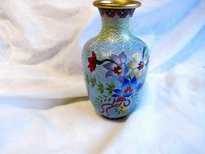 """A Vintage Chinese Cloisonne Vase - Really Pretty - 6"""""""