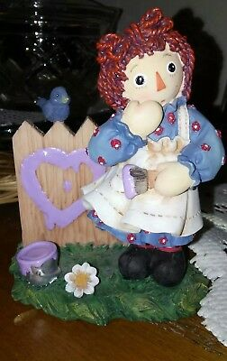 """Enesco Raggedy Ann & Andy  Figurine """"a Heart Full Of Happiness"""""""
