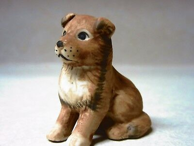 "vintage holly hobbie 1981 miniature bisque dog-1-1/4"" tall"