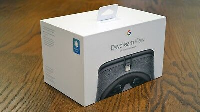 Google Daydream View VR Headset Slate with Remote - Brand New