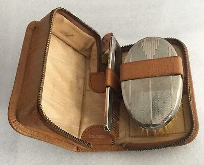Vintage Solid Silver Backed Gentlemen'S Hairbrush & Comb In Fitted Leather Case