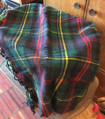 NICE! Vintage 70X72 Fringed PENDLETON Lap Blanket in Carrying Case