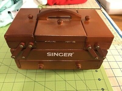 Vintage Wooden Singer Accordion Style Sewing Box With Thread