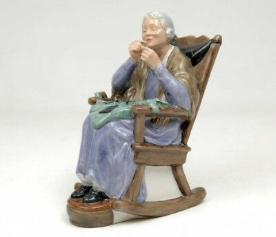 """Royal Doulton Figurine Large """"A Stitch In Time"""" Lady Figure HN2352 Made England"""