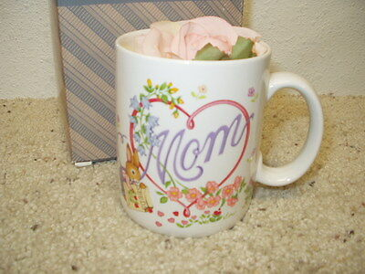 NIB AVON Gift Collection Blossoms of Love Mug w/ Corsage Coffee Cup Mother's Day