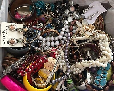 9.5 Lbs Costume & Fashion Jewelry Box Of Necklaces Bracelets Huge Lot Vintage +
