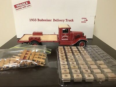 Danbury Mint 1933 Budweiser Delivery Truck 1:24 with Box