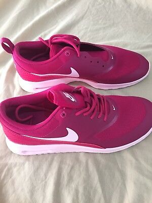 Woman's AirMax Thea Size9