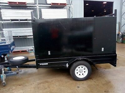 7 x 5 Pantec Trailer  with side and rear door - USED