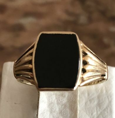 bague or 14 k avec onyx 9mm x 10.5 mm taille 21/22