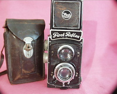 First Reflex (model 2) Pre-WWII Japanese Twin Lens Reflex By Kuribayashi (Petri)