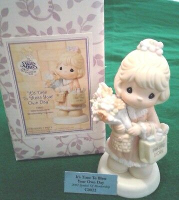 """Precious Moments """"it's Time To Bless Your Day"""" C0022 With Sandal Mark Yr.2002"""