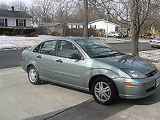 2003 Ford Focus green Used Car