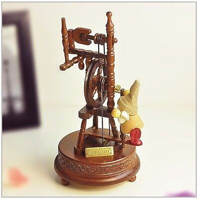 "* New Creative Puppet Wood ""Only love"" Rotating Music Box Birthday Gift"