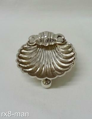 1895 ANTIQUE VICTORIAN SOLID STERLING SILVER SHELL SHAPED SALT CELLAR - 21.3g