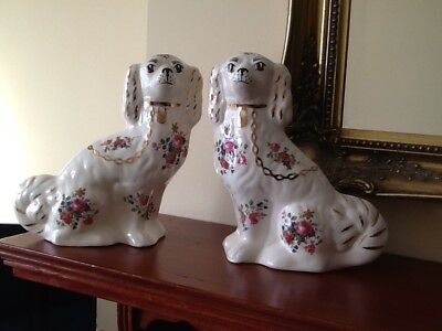 Vintage Pair Of Staffordshire Porcelain Spaniel Wally Dogs