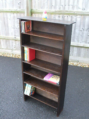 Vintage oak bookcase, excellent sized shelves for CDs, fast economy delivery