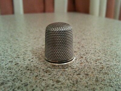 VINTAGE STERLING SILVER THIMBLE 'THE SPA' HG&S maker, Birmingham. Size18