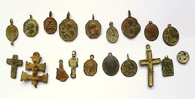 Antique Excavated Archaeological Votiv Medallions Christian Pilgrim Badges Cross