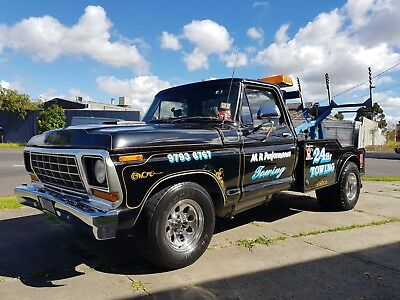 1975 Ford F350 Tow Truck