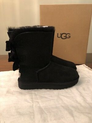 86ceb4894af UGG SHORT BAILEY Bow Ii Velvet Ribbon Black Suede Boots Size Us 8 ...