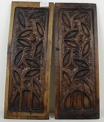 antique pair GOTHIC WOODEN OAK PANEL carved   n°5