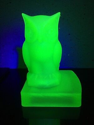 Art Deco Frosted Green Uranium Glass Owl Bookend by Bagley, England