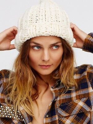 dcb9c14ea577a FREE PEOPLE BACK to Basics Chunky Knit Beanie White  38 NWOT ...
