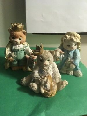 Lot Of 3 Calico Kitten Figurines- The Three Kings