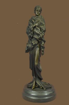 Bronze Sculpture Statue Hot Cast 1920 lady With Fur Shawl Museum Quality Artwork