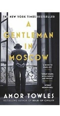 A Gentleman in Moscow by Amor Towles (Paperback | English)