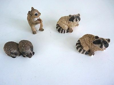 Lot Of 4 'stone Critter Littles' Raccoon (2), Squirrel And Hedgehog