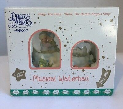PRECIOUS MOMENTS Musical Waterball Globe Hark The Herald Angels Sing Vintage NEW