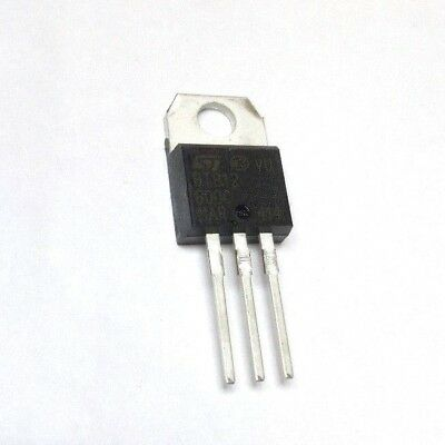 BTB12 - 600 C - Triac 12A 600V TO220 -  ST Microelectronics