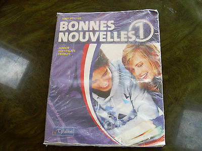Bonnes Nouvelles 1 First Year French textbook good condition Ireland