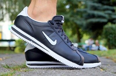 40 Sl 904764 102 Cortez Taille Blanc gs Nike Basic Chaussures qFwY0xatP