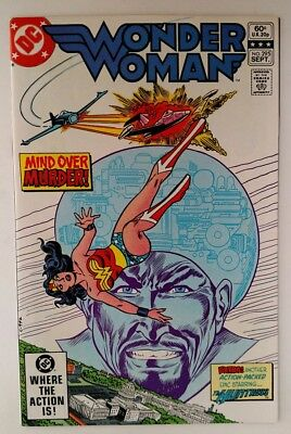"WONDER WOMAN #295 (FN/VF) ""Mind over Murder!"", Huntress story, DC 1982"