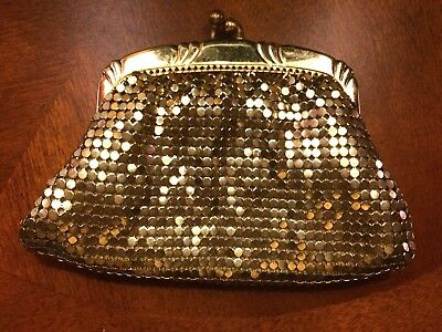 Vintage Davis Whiting Coin Change Purse Gold Mesh EUC Made in U.S.A.