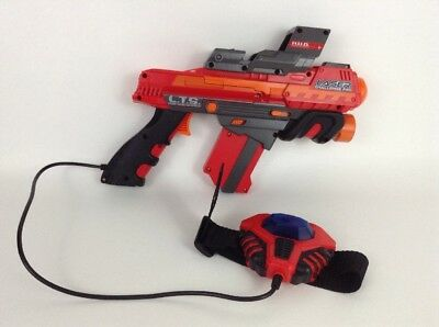 Jakks Pacific 2008 Laser Challenge Pro Blaster Gun Red Dot Sight w/ Batteries