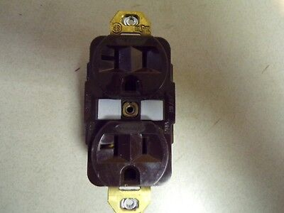 Hubbell Duplex Receptacle 20A 125V *FREE SHIPPING*