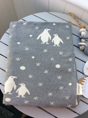 BED THROW BLANKET SCANDI GREY WINTER WHITE CHRISTMAS REINDEER SNOWFLAKE GRANNY * blanket