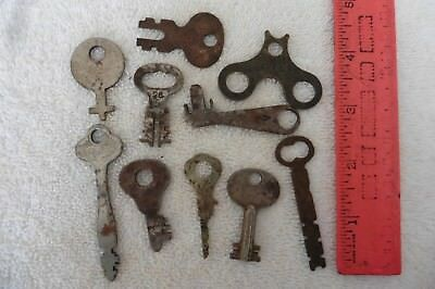 Ornate Key Lot of Skeleton Key vintage antique Clock toy ? Sargent Yale Corbin +