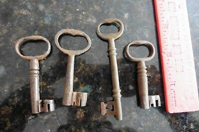 Lot of Large Vintage Skeleton Keys Brass Metal Church Door Lock Tumbler Antique
