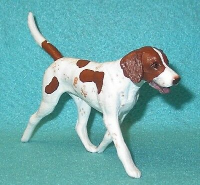 Breyer Traditional Brown & White Fox Hound #3359 Vgc 01-03 Fox Hunting Gift Set